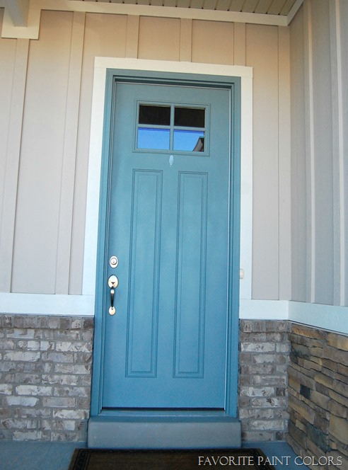 Exterior paint colors - blue door