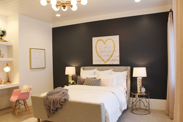 guest bedroom accent wall