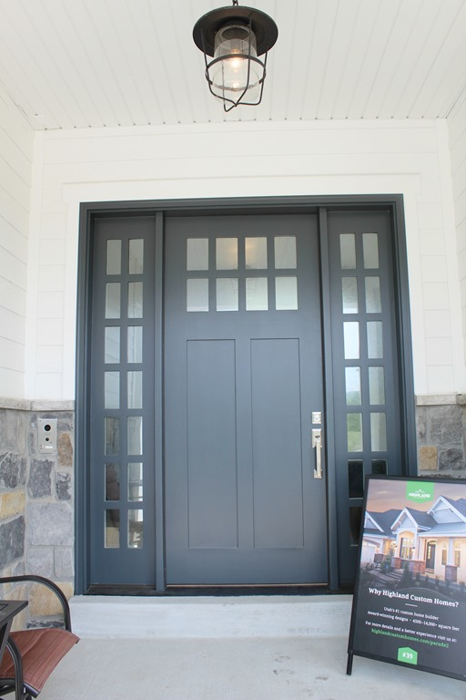 exterior door paint color midnight blue by benjamin moore. Black Bedroom Furniture Sets. Home Design Ideas