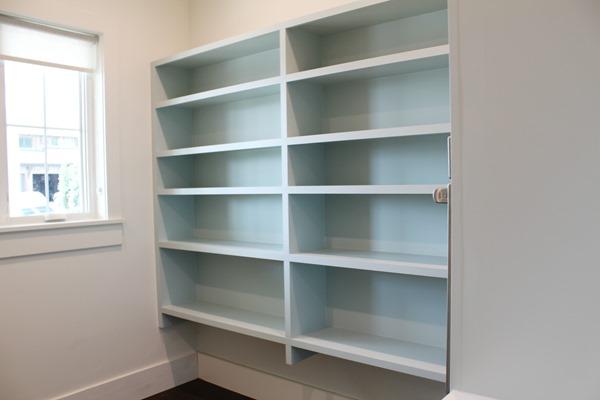 pantry shelves - paint color