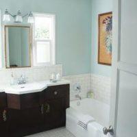 bathroom paint color